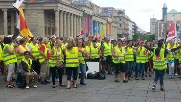 Landesweiter Protest in Stuttgart