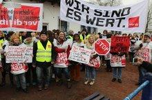ver.di-Aktive der Uniklinika BaWü besuchen streikende KollegInnen im Saarland (Febr. 2017)