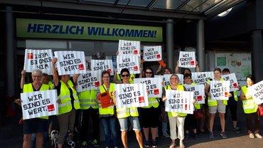 Streiktag Freitag, der 13. Juli  bei real in Brühl