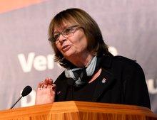 Gaby Oppenheimer, Vorsitzende des Bezirks Rhein-Neckar